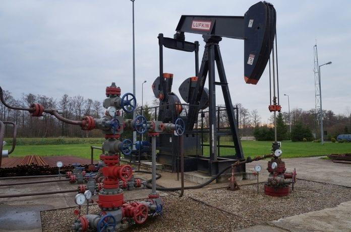 maior exportador de petróleo mostra sinal vermelho