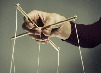 Manipulação de Preços de Ativos