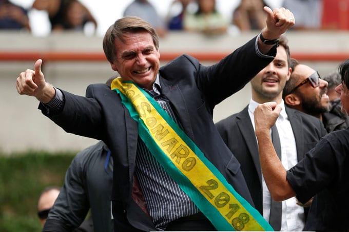 Bolsonaro Deve Levar Segundo Turno com 75% dos Votos