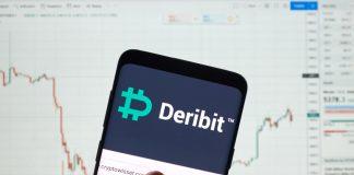 Bitcoin é vendida a menos de 8000 dólares por bolsa de derivativos e cliente tem prejuízo