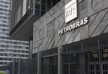 Petrobras busca registro para fazer oferta de ações