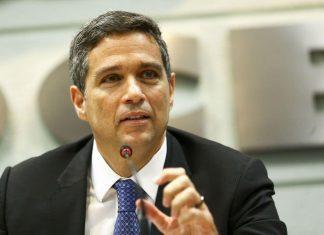 Presidente do Banco Central diz que economia melhora a partir do último trimestre