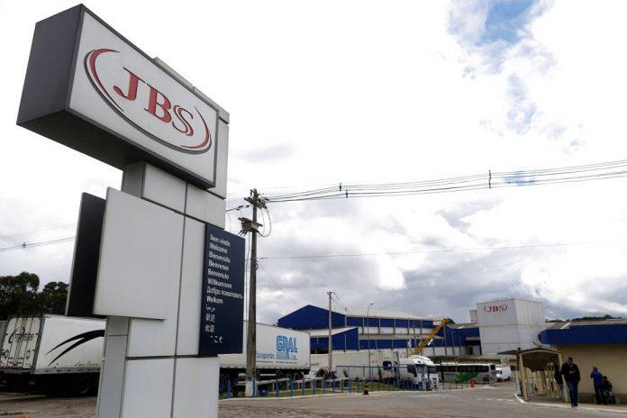 JBS tem fábrica paralisada pela justiça no Rio Grande do Sul