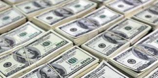 Menor patamar do dólar desde Julho
